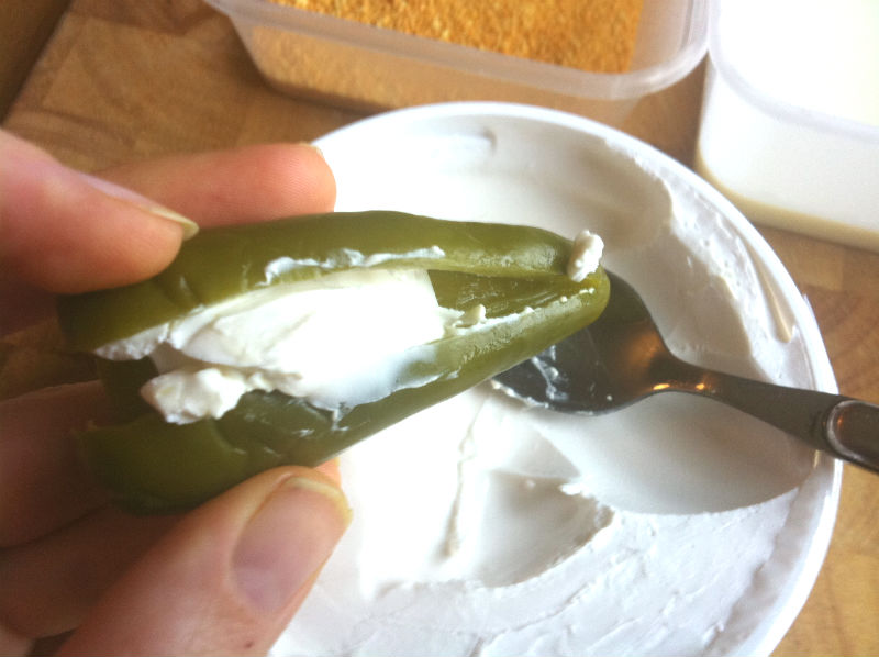 how to cut jalapeno peppers for stuffing