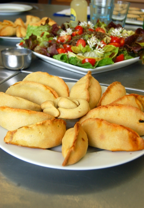 Empanadillas for serving