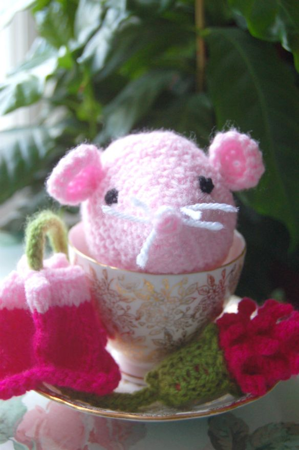 Milly the Sugar Mouse with flowers