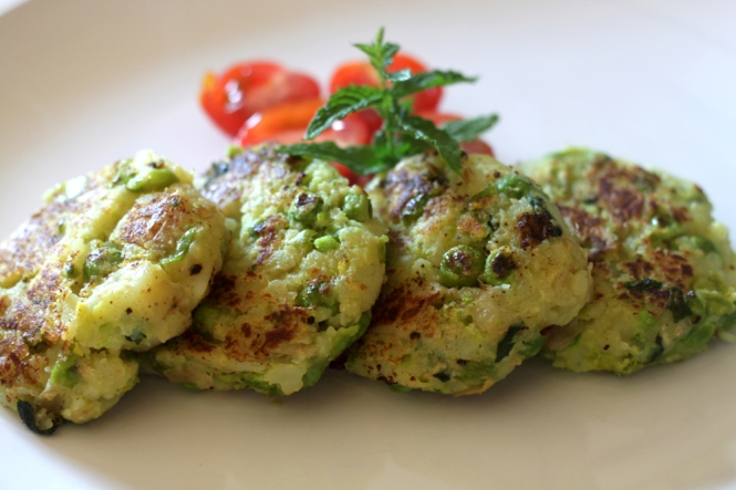 Pea and Mint Fritters blog1
